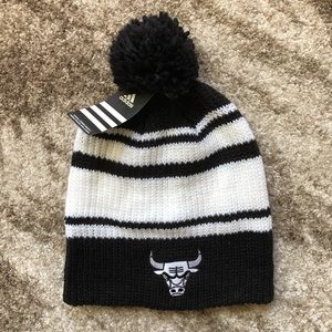White and Black Chicago Bulls Long Pom Hat